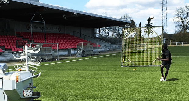 FC Midtjylland training with m-station